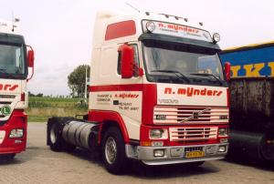 N Mijnders  Melissant  BH-FD-75  Volvo  FH 12-420  Gltr