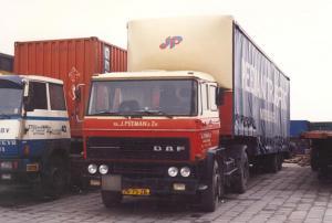 Peeman  Middelharnis  76-75-ZB  DAF 2300