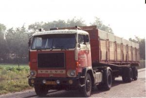 Peeman  middelharnis  79-GB-80  Volvo  F-88