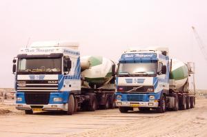 Taale  Middelharnis  DAF 95XF-380 Spc BG-BL-86 en Volvo FH  12-380  BD-HF-23