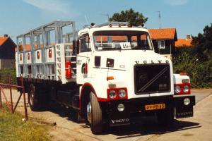 Wim  Taale  Middelharnis  09-PB-45  Volvo  N-720