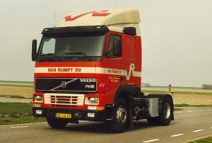 van Rumpt  Stad  ah  haringvliet  BD-LB-28  Volvo FH 12-380  No 11