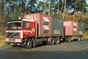 van Rumpt  Stad ah Haringvliet  BN-84-KH  Volvo F-12