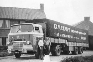 van Rumpt  Stad ah Haringvliet  TB-92-52  Scania-Vabis  LV 75