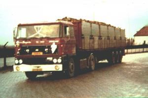van  Dongen  Dirksland  01-TB-03  (bieten)  DAF 2800
