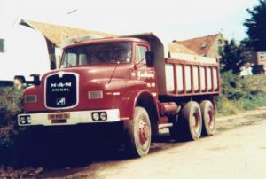 van  Dongen  Dirksland  14-MB-16  MAN 26-240