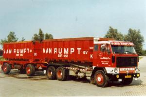 van  Rumpt  Stad ah Haringvliet  30-54-VB  Volvo F-89