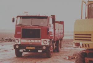 van  Rumpt  Stad ah Haringvliet  DB-64-09  Volvo F-88
